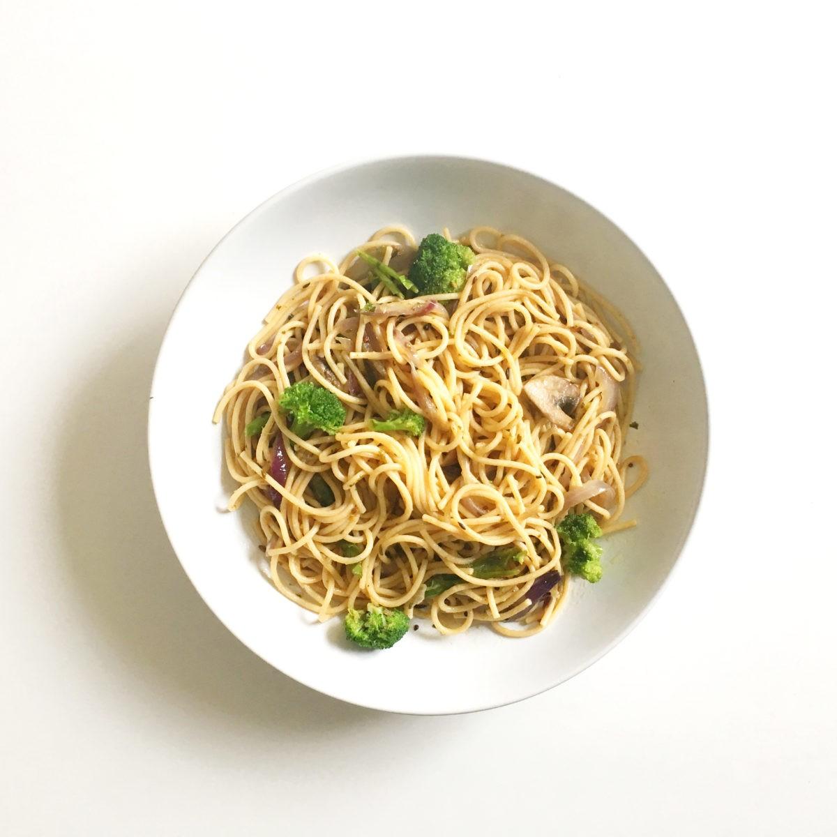 Picture of Pasta-Cilantro-Broccoli-Mushroom-Sasya