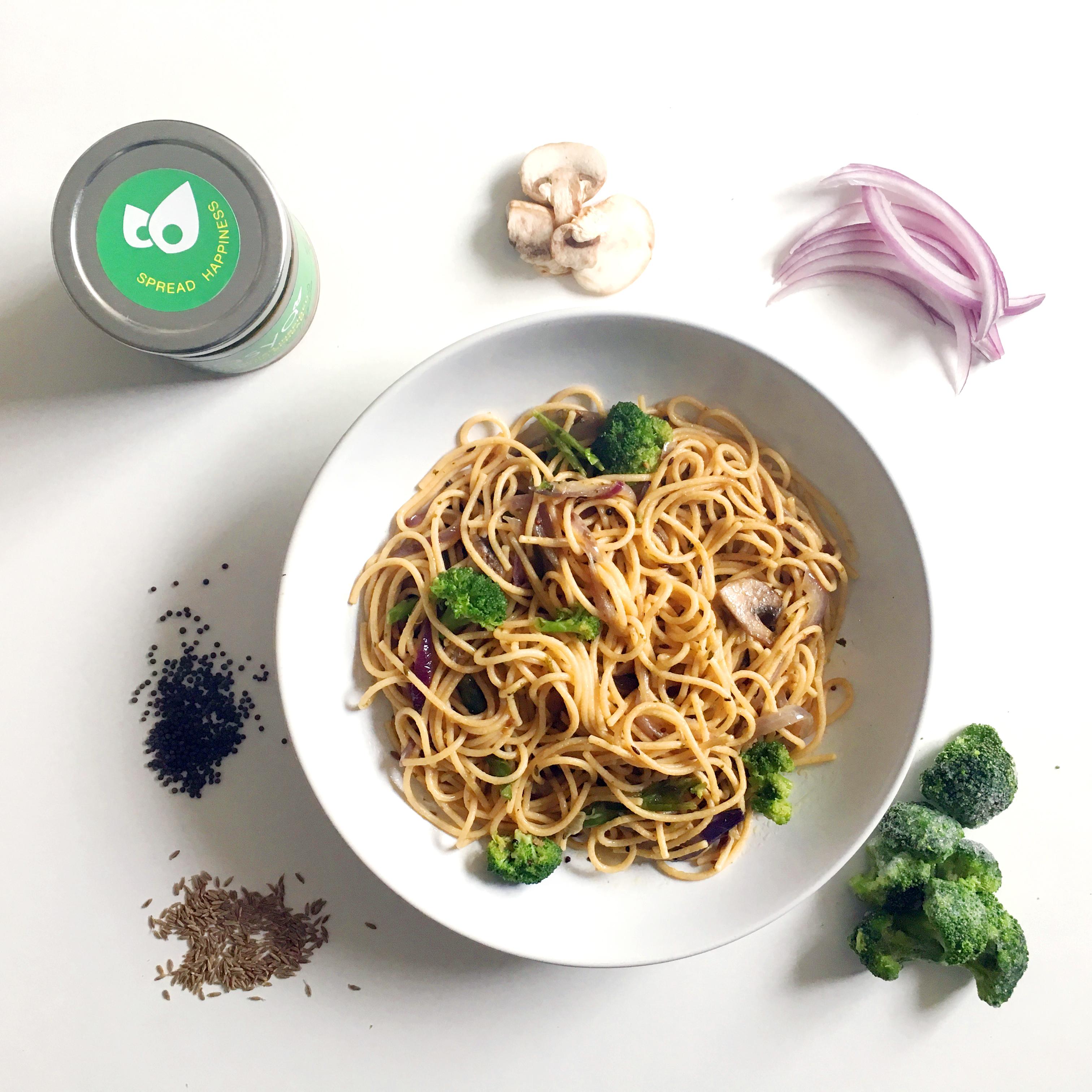 Picture of Pasta-Cilantro-Broccoli-Mushroom-Sasya with ingredients